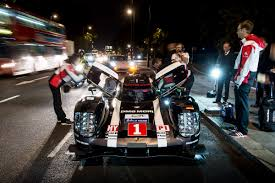 porsche 919 hybrid 2016 mark webber drives porsche 919 hybrid le mans car through london
