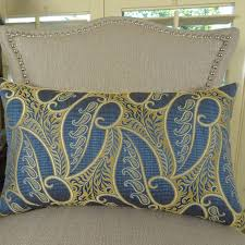 Loloi Pillows Dhurrie Style Pillow Flintwick Double Sided Throw Pillow Products Pinterest Throw