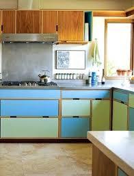 quelle couleur pour une cuisine rustique peinture pour cuisine rustique deux couleurs de peintures vives