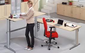 Schreibtisch Halbrund Büromöbel Preiswert Und Schnell Tischverkettung