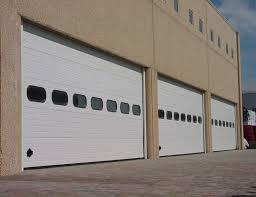 portoni sezionali industriali portone sezionale cargo centro service