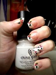 25 cute christmas nail art ideas to try inspired luv