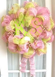 i made this poly deco mesh wreath for my southern