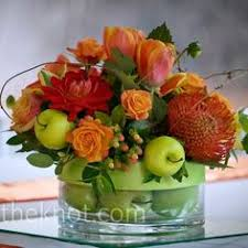 Apple Centerpiece Ideas by Green Apple Centerpiece Plus Pale Pink Would Be Lovely Someday