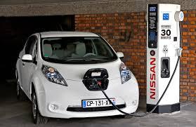 nissan leaf elektromobilis u201enissan leaf u201c galės nuvažiuoti iš vilniaus į
