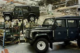 land rover lifted a last look at the land rover defender production line
