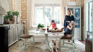 southern home interiors turn your house into a home with five interior design tips from