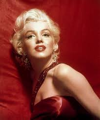 42 classic facts about marilyn monroe