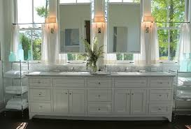 Bathrooms With Mirrors by Southern Home With Neutral Interiors Home Bunch U2013 Interior