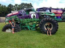 the original grave digger monster truck it u0027s fun 4 me north carolina digger u0027s dungeon