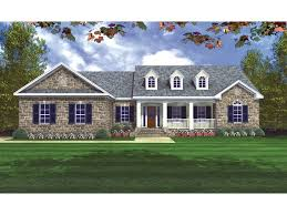 ranch floor plans with front porch 2 002sf traditional country style home with covered front porch and