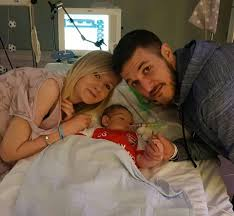 Family Gard Charlie Gard U0027s Mum Breaks Down In Tears And Screams As Family Lose