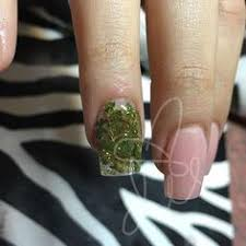 putting weed in your manicure is 2016 u0027s statement beauty trend
