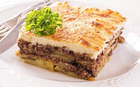 recettes cuisine grecque recette moussaka grecque traditionnelle économique et simple