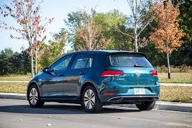 volkswagen green review 2017 volkswagen e golf canadian auto review