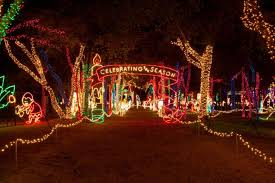 dallas cowboys christmas lights holiday attractions attractions in dallas