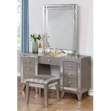 Silver Vanity Table Find For House Of Hampton Donald Vanity Set With Mirror