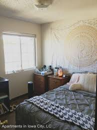 One Bedroom Apartments Iowa City 422 Bowery Street At 422 Bowery Street Iowa City Ia 52240 Hotpads