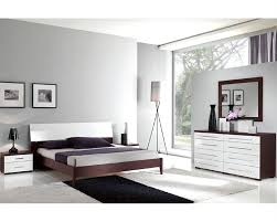 Two Tone Gray Walls by Modern Two Tone Bedroom Set 33b221