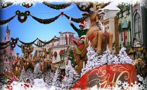 100 when does disneyland remove christmas decorations magic