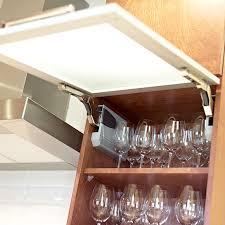 quincaillerie armoire de cuisine cuisines beauregard cuisine réalisation 307 accessoires