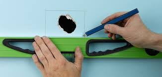 Repair Ceiling Hole by How To Repair Walls Wickes Co Uk