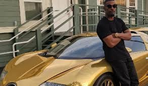 expensive cars gold jamie foxx shows off his golden bugatti