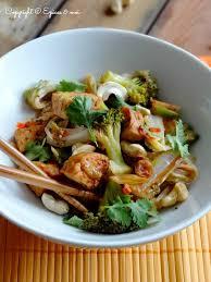 comment cuisiner du choux chinois sauté de tempeh fumé au brocoli et chou chinois épices moi