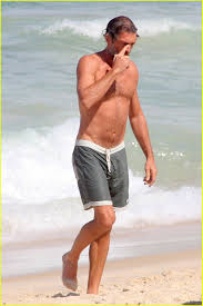vincent cassel goes shirtless on beach in brazil photo 3641905
