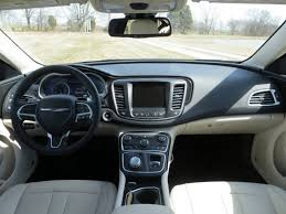 2015 Chrysler 200 Interior 2015 Chrysler 200 Compact Sedan First Drive Autobytel Com