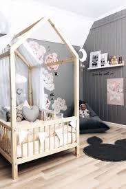 description d une chambre de fille relooking et décoration 2017 2018 inspiration d instagram