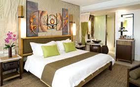 chambre bois chambre moderne en bois massif lit en ch massif mor chambre a