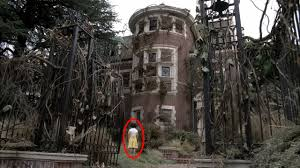 deathly scary halloween background pics most haunted buildings in the world real ghost stories haunted