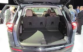 Chevy Traverse Interior Dimensions Comparison Buick Enclave Avenir 2018 Vs Chevrolet Traverse