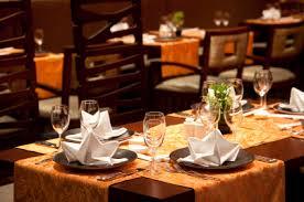 restaurant decorations restaurant table linens tablecloths accents