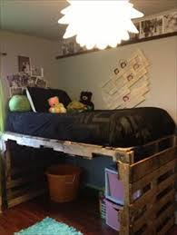 Fascinating Pallet Bunk Beds 17 Pallet Loft Beds How To Build by Best 25 Kids Pallet Bed Ideas On Pinterest Pallet Beds Elon