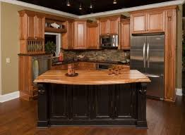 best 25 oak cabinet kitchen ideas on pinterest oak cabinets