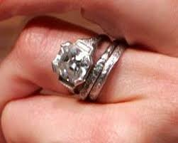 reese witherspoon engagement ring here s the gorgeous engagement ring phillippe proposed with