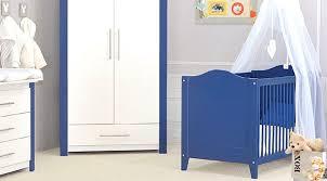 chambre bébé pas chère chambre bebe pas chere bleu et blanc gris deco neutre
