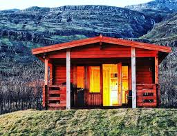 best air bnbs best iceland airbnbs icanchu minimalist essentials for guys who