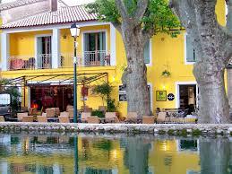 chambre d hote cucuron hôtel de l etang hôtel à cucuron près de pertuis dans le