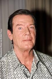 roger moore james bond star sir roger moore dies at 89 celebrity gossip and