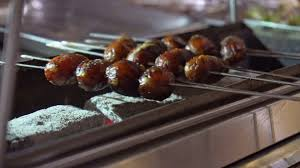 cuisine preparation preparation larvae of silkworm on a grill an dish