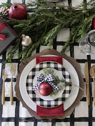 Christmas Table Decoration Ideas Budget by Best 25 Holiday Tables Ideas On Pinterest Happy Fall Yall