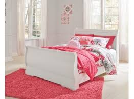 White Sleigh Bed Anarasia White Sleigh Bed S S Furniture Inc
