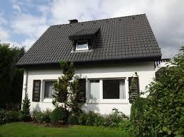 Einfamilienhaus Mit Garten Kaufen Schönes Einfamilienhaus Mit 970 M Garten In Guter Lage