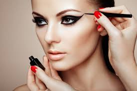 makeup artist online turn into a professional makeup artist with makeup online courses