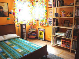 i live in a yellow submarine beatles themed bedroom pic heavy