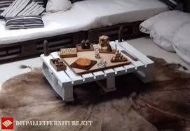 table pour canapé canapé et table basse pour greniermeuble en palette meuble en palette