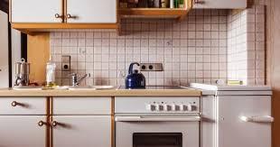 comment relooker une cuisine ancienne 10 astuces économiques pour relooker une cuisine cuisine az